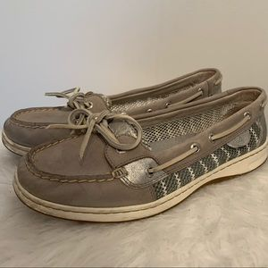 Sperry Shoes Size 9